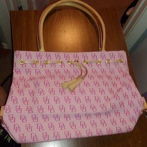 Dooney & Bourke full size purse